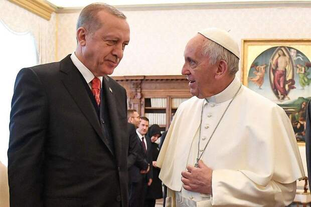 Эрдоган попросил Папу Римского вмешаться в «израильскую резню»