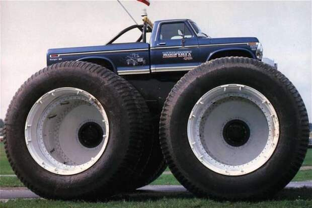 Большие колеса - большие проблемы.  Фото: fishki.net.
