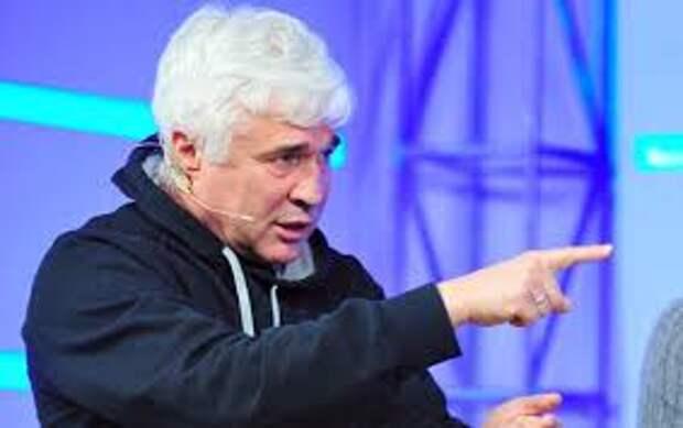 Евгений ЛОВЧЕВ: Сегодня не очень-то за «Зенит» болеют
