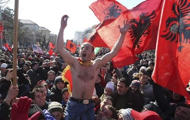 В Сербии предложили передать Косово России