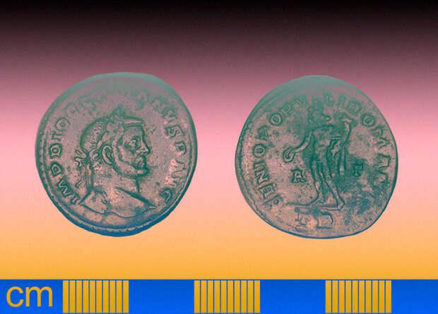В Аугсбурге нашли более 15 килограмм древнеримских серебряных монет
