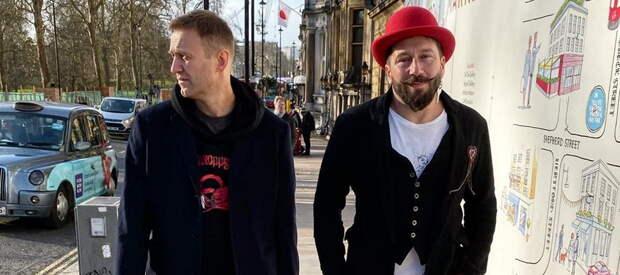 России предложили «обдолбанного кокаином Чичваркина» и «снулого Навального»
