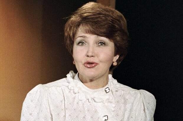 10 самых знаменитых женщин-телеведущих советской эпохи