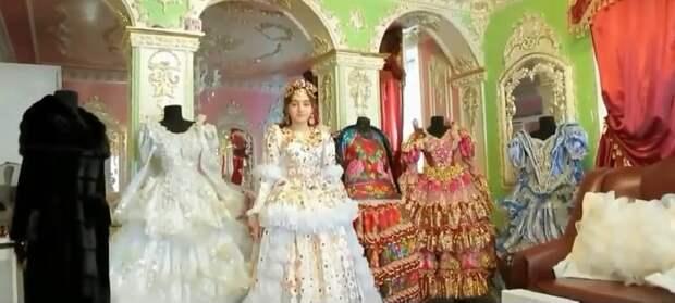 Детские лица и килограммы золота: вот чем поразила людей роскошная свадьба несовершеннолетних цыган!
