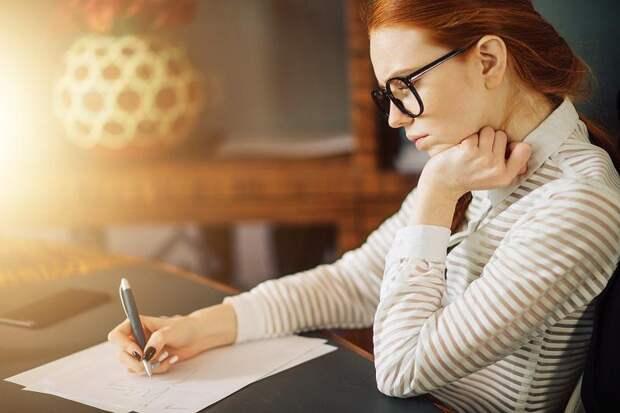 Почерк, родинки и еще 5 вещей, которые расскажут о вас намного больше, чем вы бы того хотели