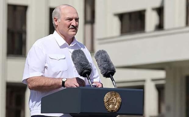 Лукашенко заявил, что Белоруссию травят для дальнейшего броска на Россию