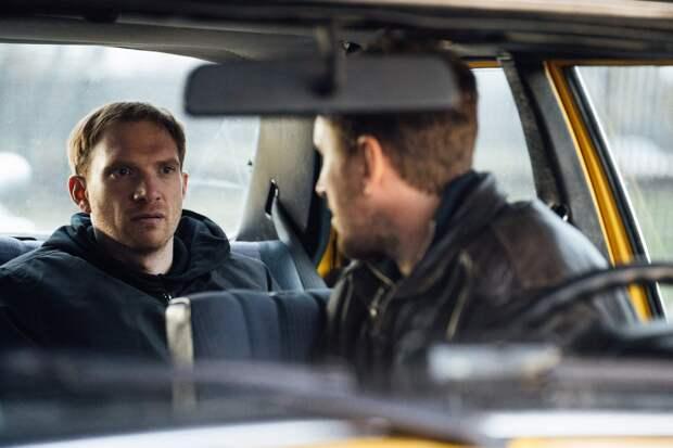Кирилл Кяро отправляет Юлию Снигирь и Андрея Бурковского в последний путь в трейлере сериала «Пассажиры»