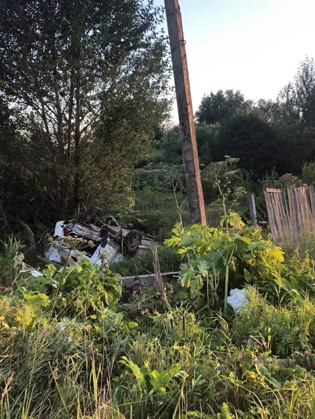 «ВАЗ» с пьяным водителем вылетел в кювет и перевернулся в Тверской области