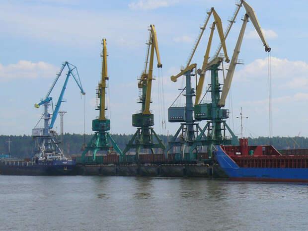 Почти полная потеря угля: Усть-Луга разоряет Рижский порт быстрее, чем ожидали в Латвии