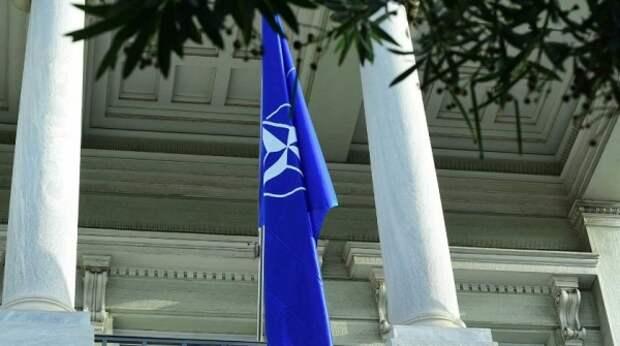 """""""Агрессия России"""" не стала поводом для экстренного сбора глав НАТО"""