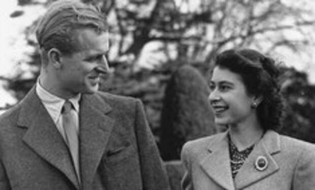 Как принц Филипп завоевывал сердце своей будущей супруги Елизаветы II