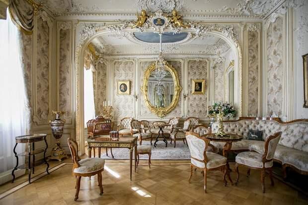 Юсуповский дворец: Один из самых роскошных особняков Петербурга (ФОТО)