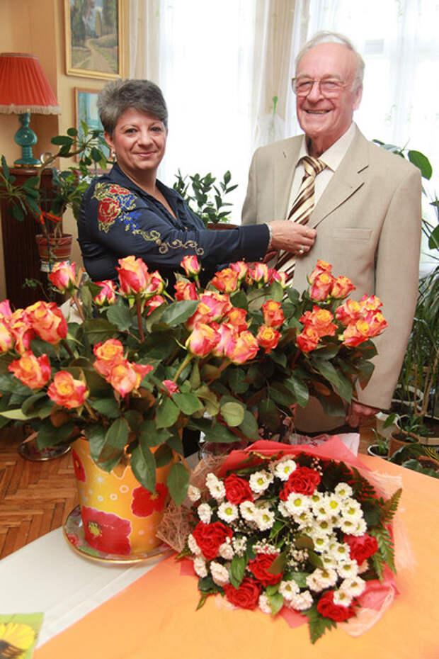 Как Игорь Кириллов похоронил супругу, сына и женился в 80