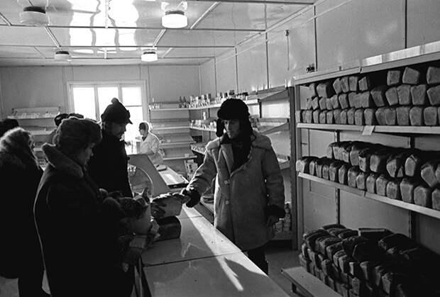 Магазин в поселке Ния Иркутской области