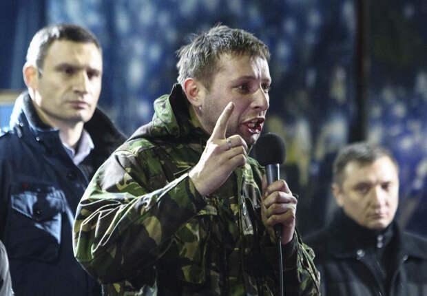 Парасюк требует изгнания всех русских из Украины