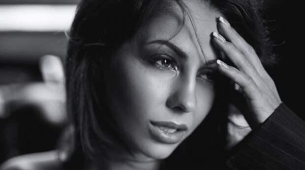 Звезда фильмов для взрослых Елена Беркова перенесла операцию