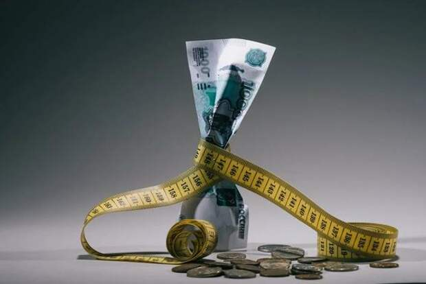Негативные прогнозы участников финансового рынка начинают сбываться