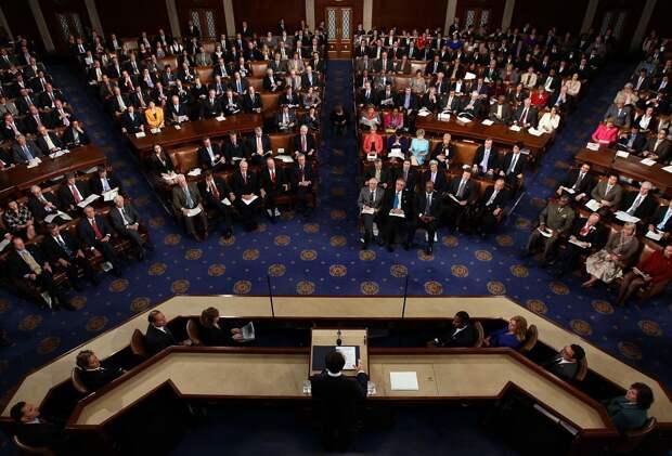 В Конгрессе США пообещали «решительный ответ» в случае отмены Трампом санкций против России