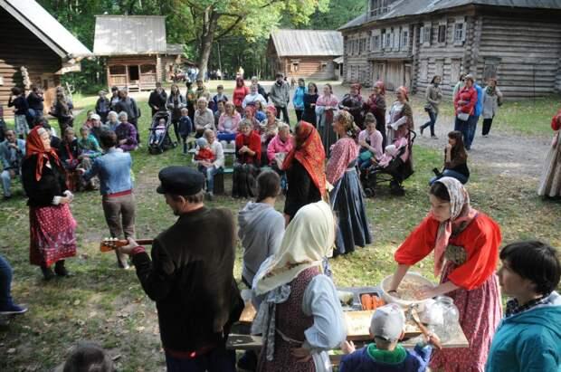 Съёмочная площадка, памятник природы и лекарство от задумчивости: за что нижегородцы любят Щёлоковский хутор