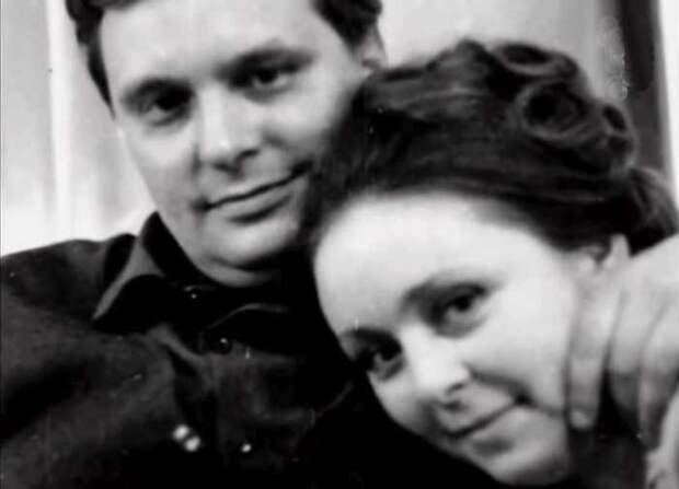 Любовь длиной в полвека! Олег Басилашвили и Галина Мшанская отметили золотой юбилей!