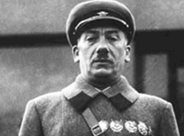 Генрих Ягода: за что в 1937 году был расстрелян «отец ГУЛАГа»