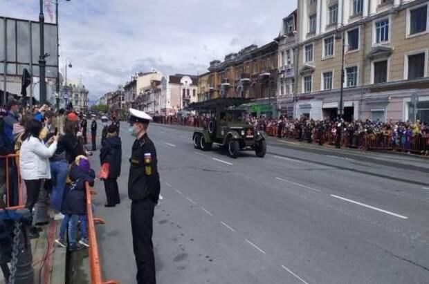 Праздничный Владивосток: как избежать пробок на дорогах?