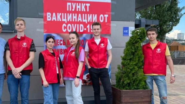 Ростовский врач объяснил, почему вакцинацию отковида необходимо завершить доосени