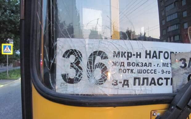 Автобус сбил подростка на «зебре» в Ижевске