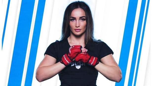 Красотка из Bellator не верит в Тони и знает, кому достанется пояс Хабиба. Прогнозы на UFC 262 от Дианы Авсараговой