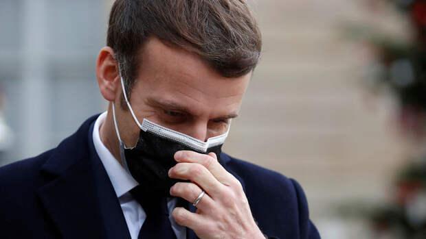 Макрон заявил, что Франция продолжит упорную борьбу с терроризмом
