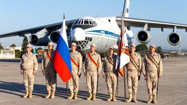 Кремлевский оркестр дал концерт для военнослужащих ВС России на авиабазе Хмеймим в Сирии