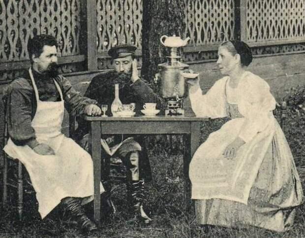 У кого русские научились пить водку залпом