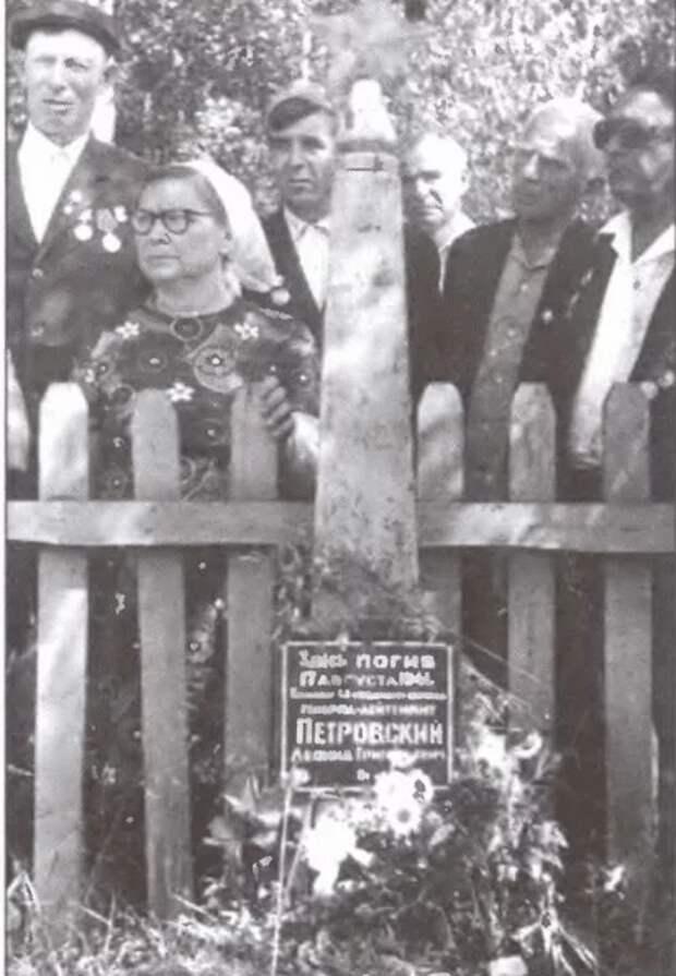 Репрессированный Ежовым русский генерал, которого с почестями похоронили немцы в знак уважения к его храбрости