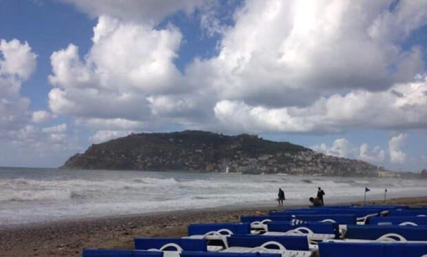 Живущая в Анталье россиянка описала, как страдает Турция без туристов из РФ