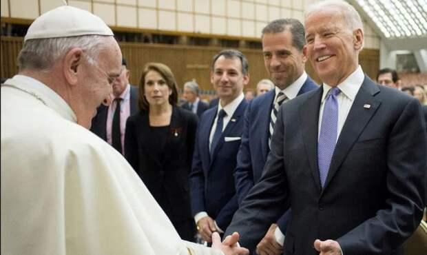 Из «Града на холме» на Ватикан дуют новые ветры: католическая церковь идёт по пути «переосмысления сексуальной морали»