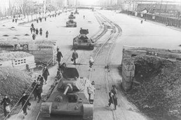 Нефтяные залпы поГитлеру. Кто обеспечивал топливом технику Красной армии