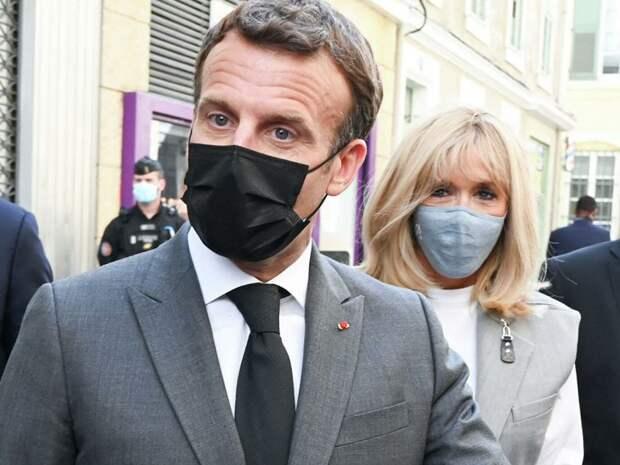 Адвокат сравнил срок за пощечину Макрону во Франции и России