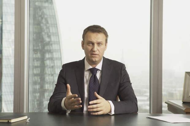 Навальный экстренно госпитализирован в Омске из-за отравления