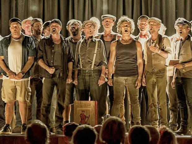 Австралийские мужики поют русские песни