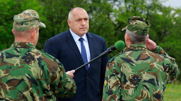 Болгария вслед за Венгрией встала на защиту своей границы