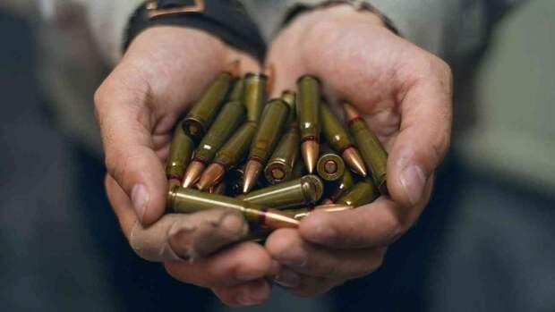 На Украине в условиях эпидемии COVID-19 возник ажиотажный спрос на патроны