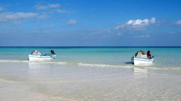 Тунис сократил карантин для туристов до двух суток