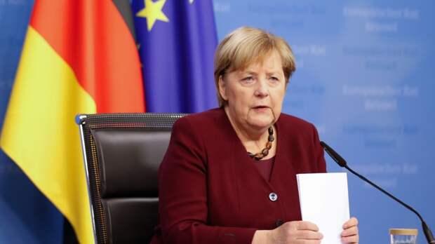 Бывший губернатор рассказал, как Меркель ела в Томске котлеты из медведя