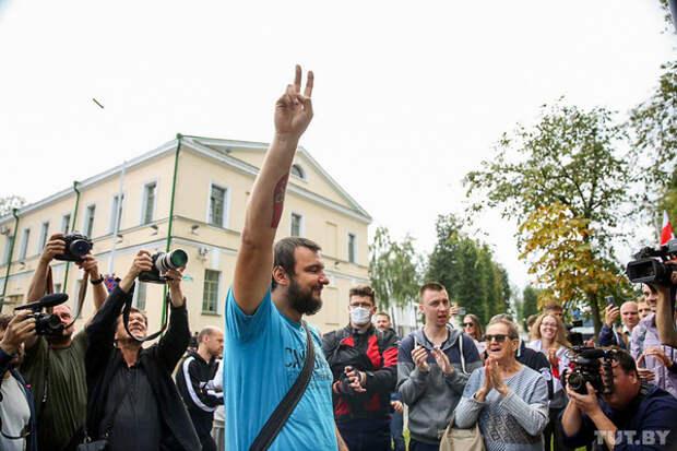 В Минске арестовали на 10 суток сразу двух членов Координационного совета