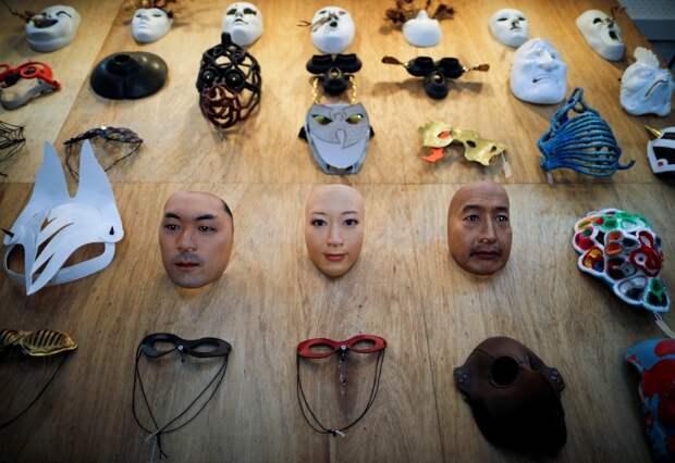 Двуликий Янус: продавец изЯпонии создает потрясающие гиперреалистичные маски спомощью 3D принтера
