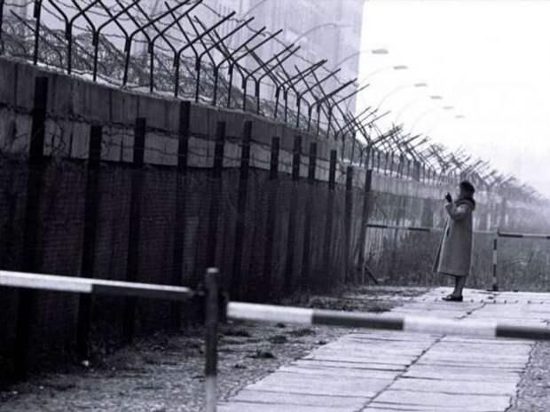 Человек-торпеда или побег на акваскутере, история Берндта Боеттгера (5 фото)