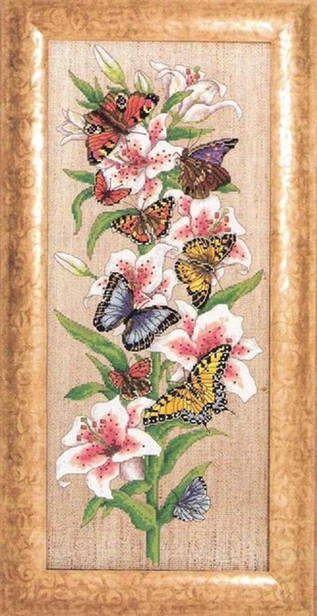 """Вышивка """"Лилии и бабочки"""""""