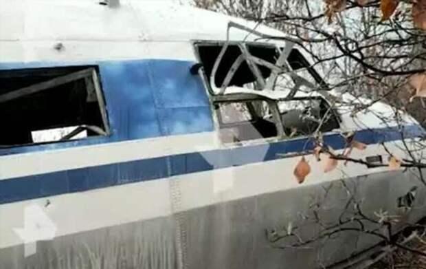 В Якутии обнаружили ржавеющий личный самолет Хрущева (5 фото + 1 видео)