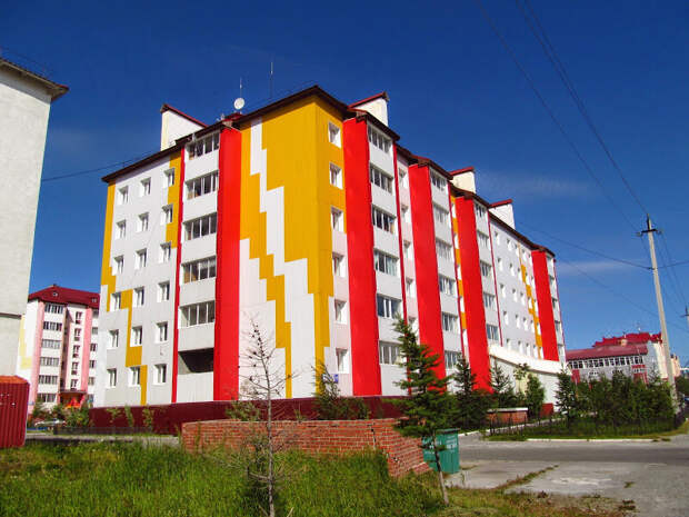 Эх, как бы было здорово, если бы в России ВСЕ города так выглядели. Ну пусть не все, пусть 99% (в оставшийся 1 можно было бы ездить на экскурсии). Но увы, такое пока исключение, чем правило..