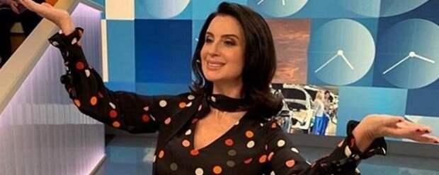 Екатерина Стриженова вернулась к работе после перелома руки